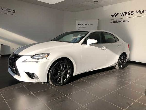 Lexus IS300h 2.5 HV