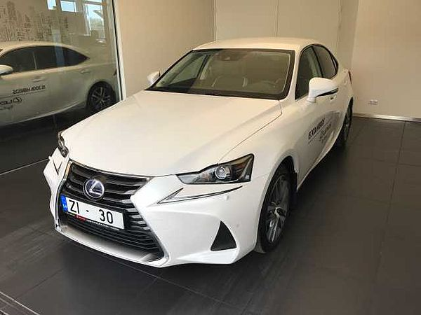 Lexus IS EXECUTIVE